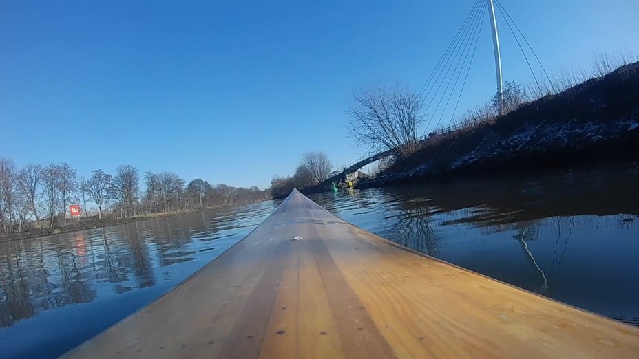 Winterfahrt mit dem Leistenkayak auf dem Rhein-Herne-Kanal in Gelsenkirchen