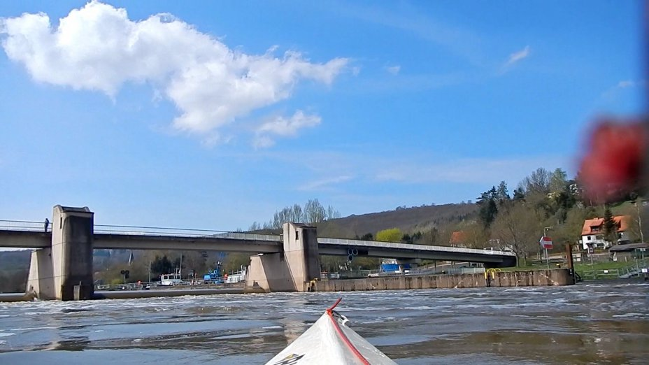 Paddeln auf der Fulda, Gruppe Wasserwandern.